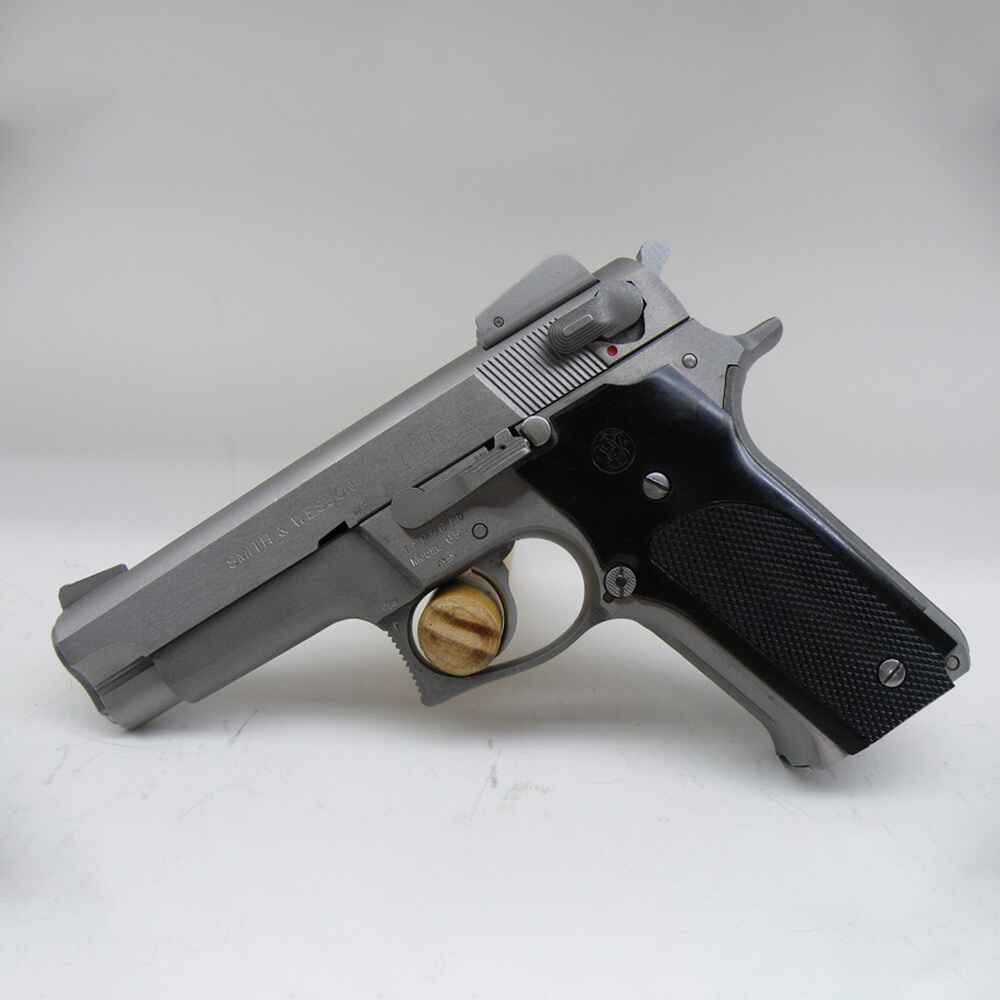 Pistolet Smith & Wesson 659 cal. .9mm, Smith & Wesson